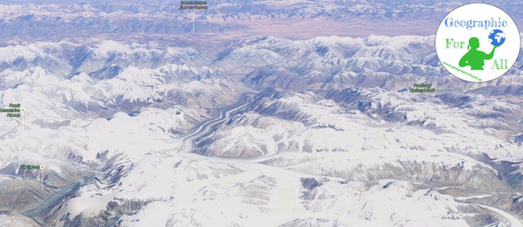 Ледник Федзенки (Google Earth) с логотипом